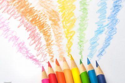 思春期、受験、落ち着きがない…部屋の色で事態が好転!?