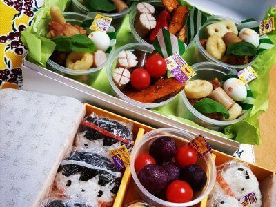 【運動会】カップと空箱で!?簡単華やかお弁当アイデア