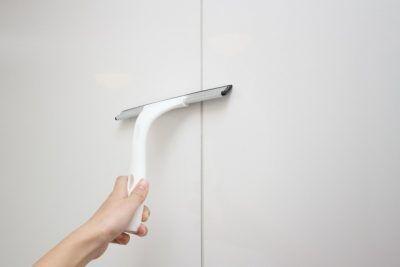 家のカビを防ぐ湿気対策の新常識!雨の日でも窓を開けて