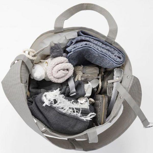 マザーズバッグはもう古い!夫も納得の「ペアレンツバッグ」はコレ