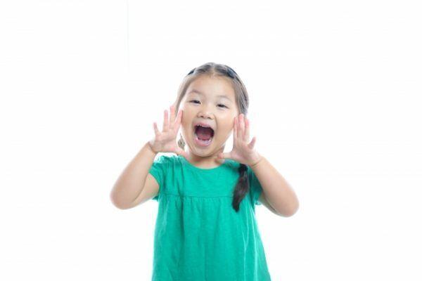 声優・本名陽子さんに聞く!親子で気軽に取り組める発声練習