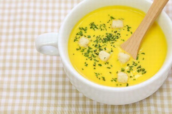 飲み物・スープに浸したらおいしい組みあわせ「食パンを味噌汁に浸す。麩(ふ)のような食感」