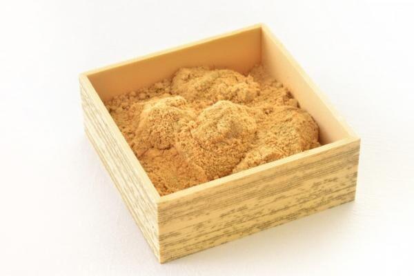 【品川土産】やわらかくもコシのあるおいしさに思わず口がほころぶ♪ 品川駅限定の「おひとり様わらび餅」