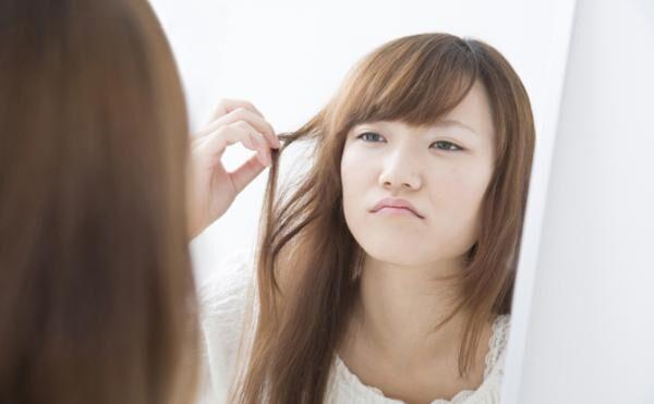 忙しい朝もこれでOK! 簡単なのに髪型をオシャレに見せるテク3選