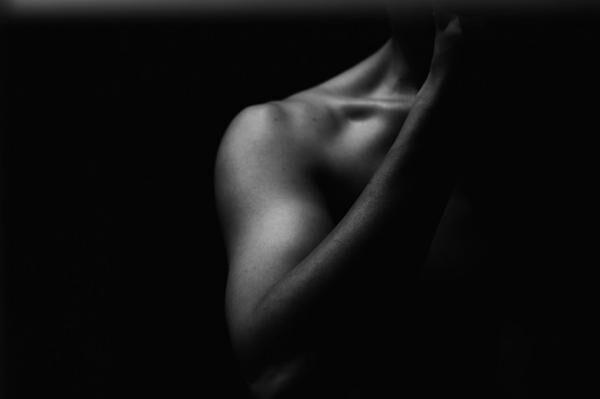男性も脱いだら実は……うふふふ。女性に聞く、肉体美が印象的な男性芸能人って誰!?