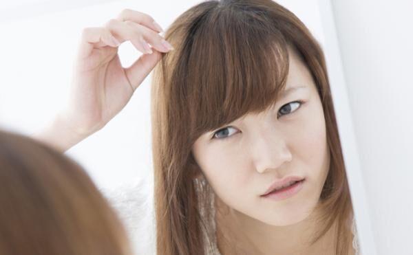 なんでこんなことに!? 「前髪がまとまらない!」と困った経験談
