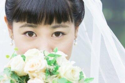 元カノが『うらみ・ます』を熱唱!? 女性が体験した「爆笑結婚式」エピソード9