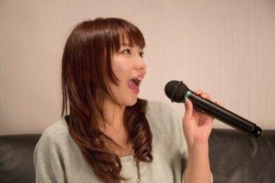 世代問わず愛される! 職場カラオケ最強ソング14選