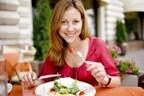 【医師監修】ニキビに効く野菜って? 野菜ジュースでも効果はあるの?