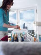 洗濯物の部屋干し臭を取る方法は?除湿機などを使用した解決法を紹介