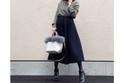 高崎オーパを母親とぶらぶら。黒のミディ丈はアースカラーで品よく着る #東京365日コーデ