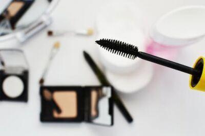 化粧直しの時短テクニックとは? メイクオフなしで夕方まで崩れない方法