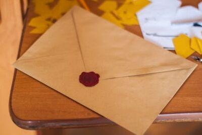 元カレと復縁したい! 効果的な手紙の書き方&渡し方