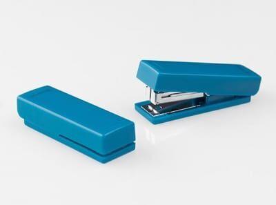 USBかと思った。小さすぎるホッチキス