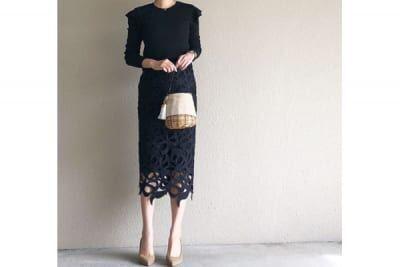 レーシーなスカート×オールブラックで、大人顔に変身 #東京365日コーデ
