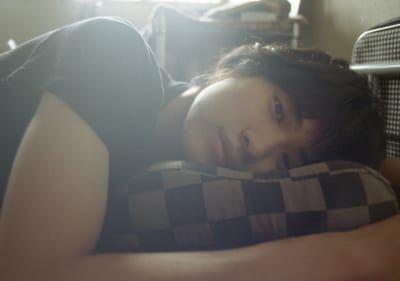 『寝起き男子』で思い出す、昔のほろ苦い記憶