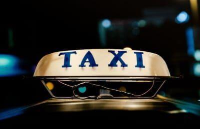 知らないと恥をかく!? タクシーの上座と下座