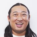 ロバート秋山伝授「男性アイドルにファンサをもらう方法」