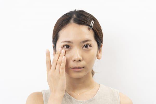 テカリに見えないツヤ肌の作り方