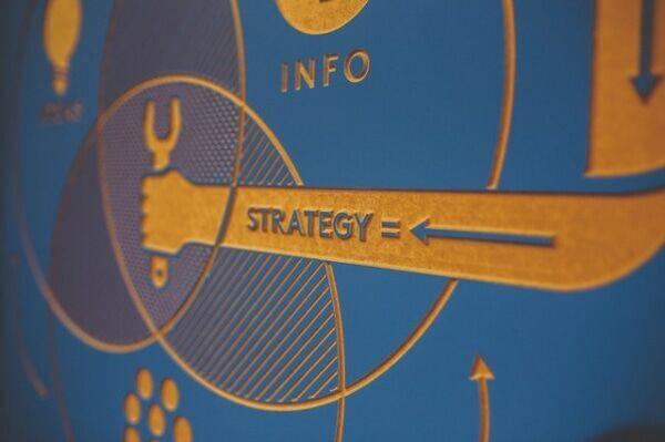 ビジネスにおける戦略と戦術の違い