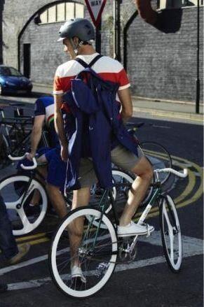 H&MはBrick Lane Bikesとサイクリングコレクションを発表、発売は来年3月