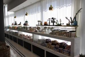 アフタヌーンティーの新業態 「Afternoon Tea LIVING ReMIX」の1号店がオープン
