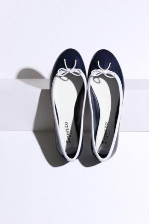 「レペット(Repetto)」から雨の日にも履けるサンドリオン・ベイビーの新色が登場