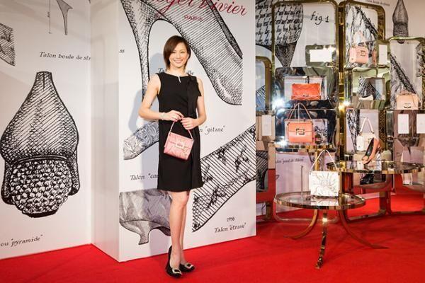「ロジェ ヴィヴィエ-Icons Connected」回顧展のオープニングセレモニーに登場した米倉涼子さん