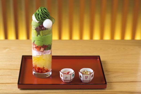 祇園小石の「舞妓はんのお気に入りパフェ」はイートインで提供する