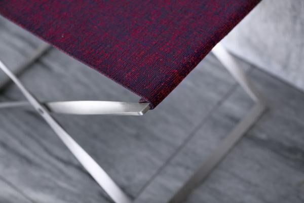 「フリッツ ハンセン」とクヴァドラ社、ラフ・シモンズの三社によるコラボレーション家具