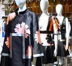 """アレキサンダー・マックイーン、""""桜・芸者世界""""を新宿伊勢丹で表現。限定PADLOCKも"""
