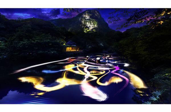 チームラボ新作「小舟と共に踊る鯉によって描かれる水面のドローイング- Mifuneyama Rakuen Pond」
