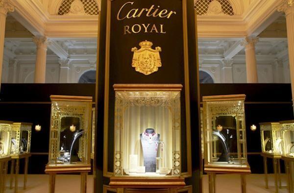 「カルティエ ロワイヤル」の核となる壮麗なマスターピースを展示