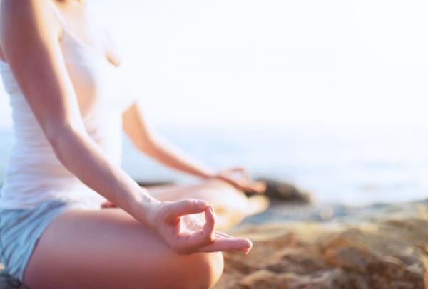 ビーチで体と心を癒すヨガイベント「FeelSHONAN BEACH YOGA WEEK」が開催