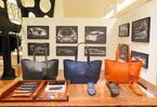 レクサス×バーニーズ ニューヨーク初コラボ、希少車のシートレザー用いた限定アイテム発売