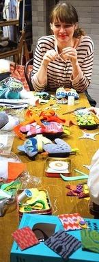 """ドナ・ウィルソン来日記念のワークショップが新宿伊勢丹で開催。""""あなただけのモンスター""""を制作"""