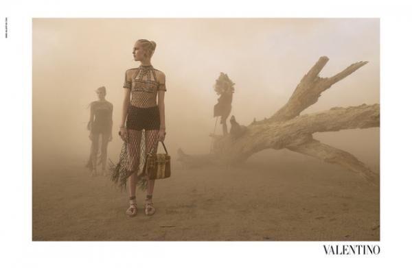 ヴァレンティノ16SS広告キャンペーン