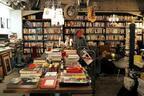 本との出会いは人生のスパイス!村上春樹の本で世界への扉を開かれた東京・駒沢の「体験する書店」を訪ねて