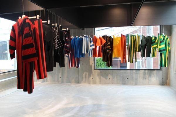 オム プリッセ イッセイ ミヤケ初の単独路面店がオープン。7月には仙台パルコにも