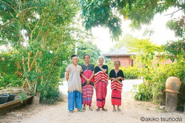 角田明子の写真展「REGENBOGEN~a walk around Chiang Mai」がGALLERY MUVEILにて開催