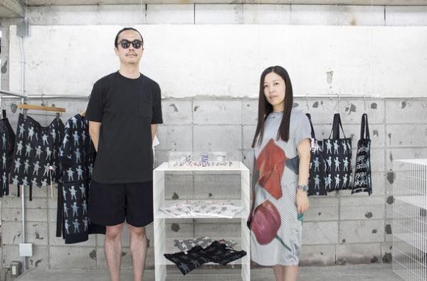 mintdesignsデザイナーの勝井北斗さんと八木奈央さん