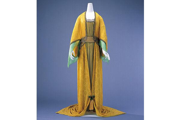 ポール・ポワレ ≪イブニング・ドレス≫ 1913 年 島根県立石見美術館蔵