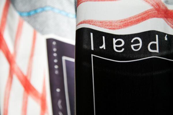 キギのデザインによるスカーフを展示販売するイベント「12 scarfs」が開催
