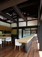杉本博司デザインの料理店「素透撫STOVE」が清春芸術村にオープン