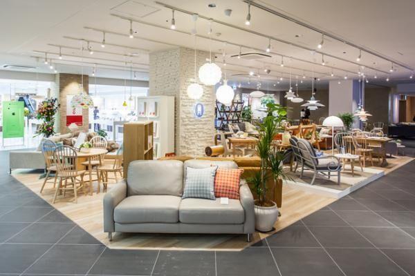 プレミアヨコハマに、nendo×大塚家具「エディションブルー」がオープン