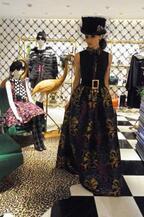 "NY発「alice + olivia」日本初店舗オープン。デザイナー""日本大好きになった"""