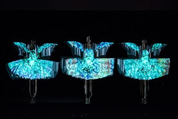 「カンヌライオンズ 国際クリエイティビティ・フェスティバル 2013」でのPerfumeパフォーマンス