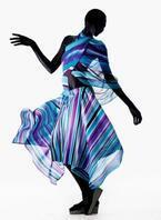 プリーツ プリーズ イッセイ ミヤケの新作は、光の透明感