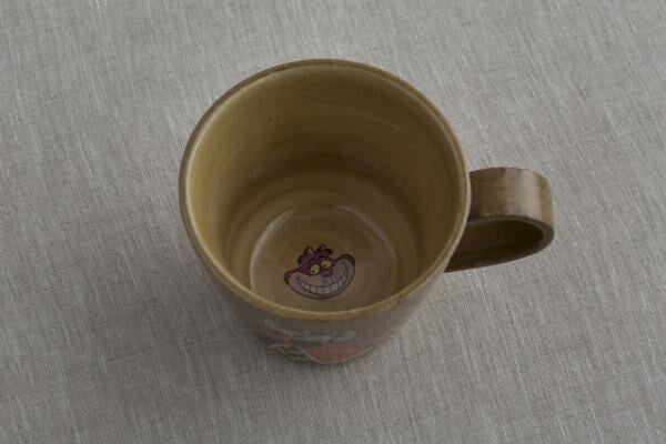 マグカップ/ ハートの女王1,800円内側デザイン