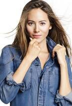 H&M、環境配慮の「コンシャスデニム」発売。ジェシカ&レスリーのビジュアル公開